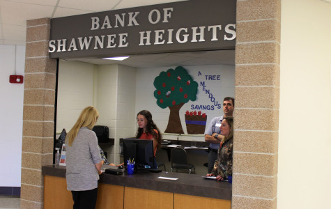 Learning to Save: New Shawnee Heights Bank to Offer Financial Opportunities for Students