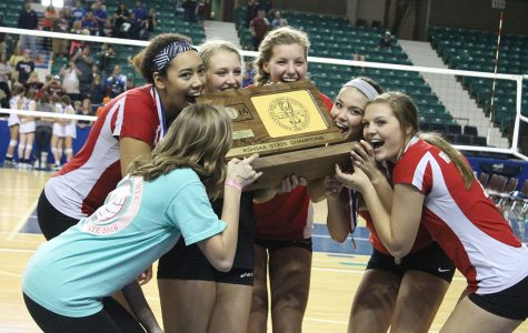 Volleyball Takes 5A State Title