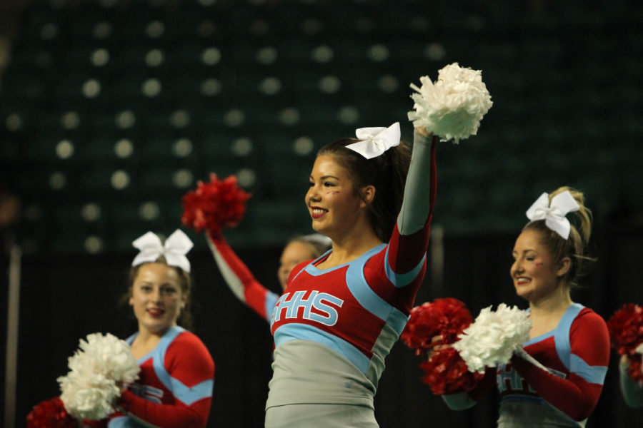 Cheer+Wins+Inaugural+5A+State+Championship+Title
